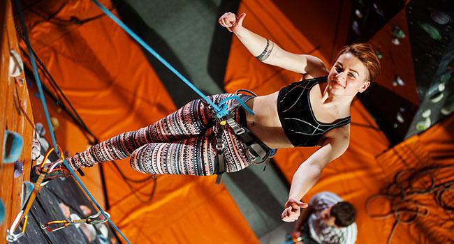 rock climbing indoor: How to Minimize Risks
