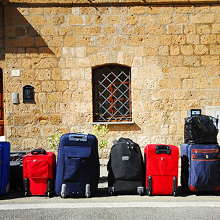 f1c12b63b0d9 9 Types of Travel Accessories That Will Make Your Holiday Travel ...