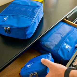useful travel accessories: Packing organizer