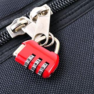 useful travel accessories: Compression sacks