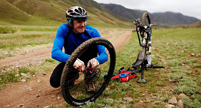 mountain biking parts & gear: Mountain Biking Gears
