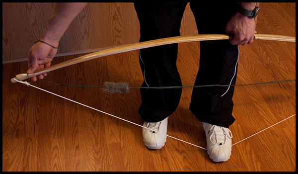 how to string a recurve bow: