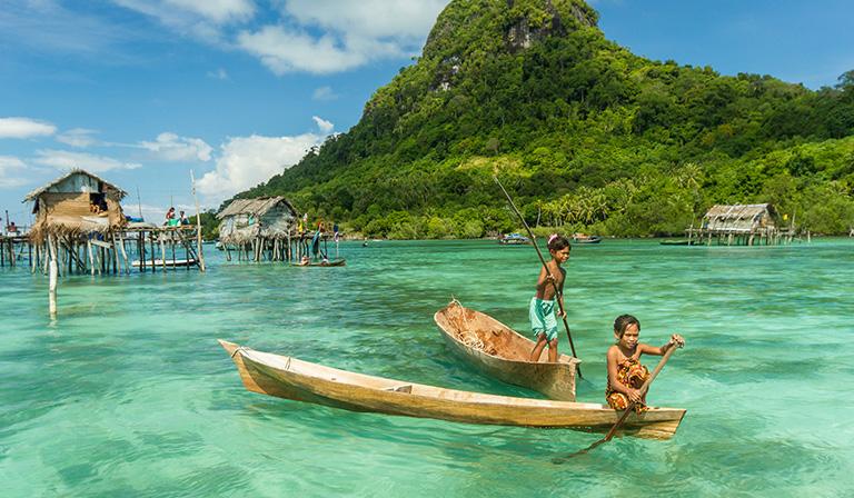 kevlar canoe: Aluminum and Wooden Canoes:
