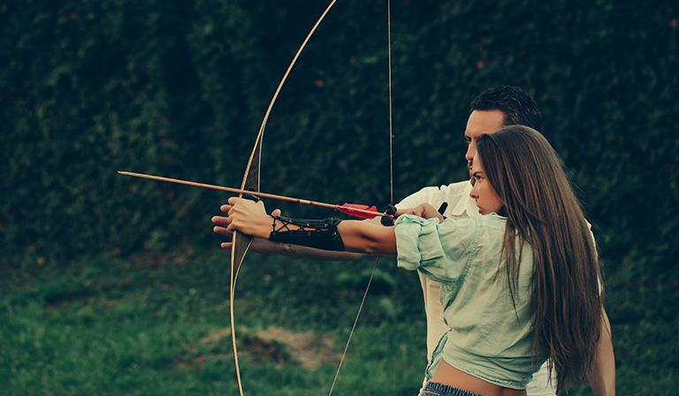 Hunt Like a Pro: Tips for Recurve Bow Hunting | Stuffoholics