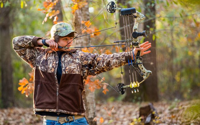 compound bow for beginners: Beginner's Guide on How to Use a Compound Bow