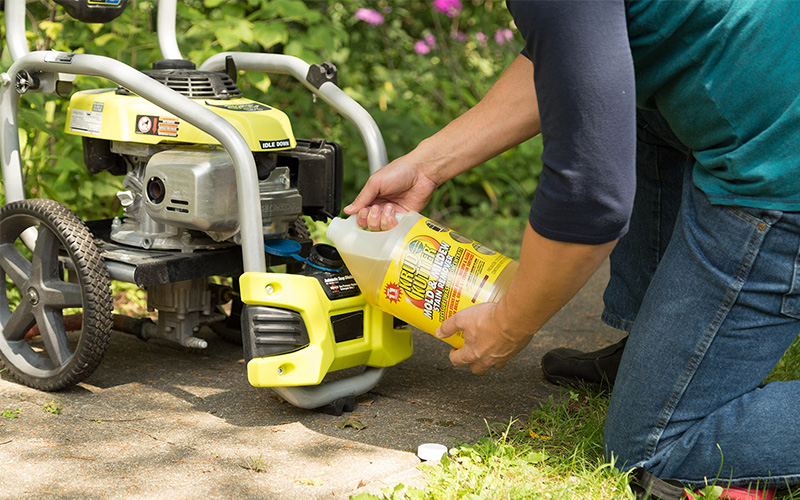 Pressure Washing Chemicals and How to Use the Proper Solution
