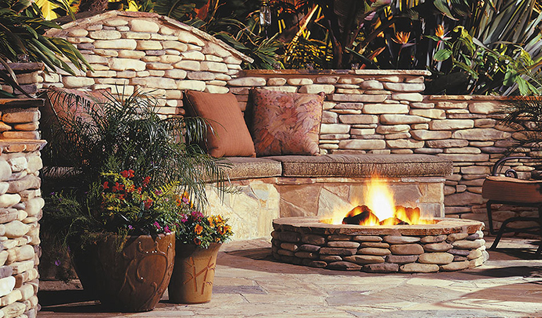 7 Diy Fire Pit Ideas Build Your Own Fire Pit At Home Stuffoholics